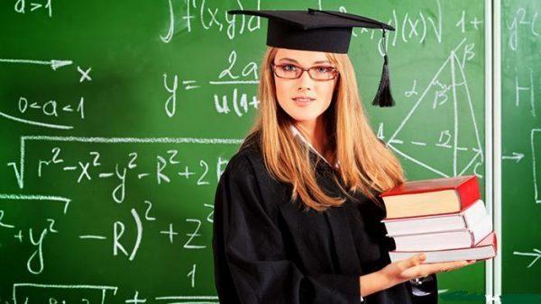 Сколько семестров в году в ВУЗах, колледжах и техникумах