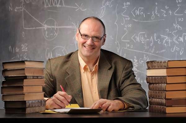 Профессия физик: кем работать и куда поступать