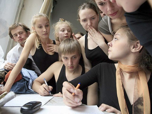 Монолог для поступления в театральный для девушек: какое произведение лучше выбрать и как подготовиться